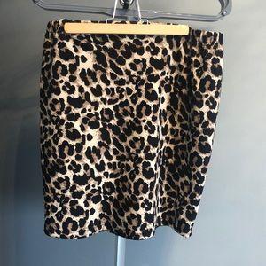 Dresses & Skirts - Animal print mini skirt